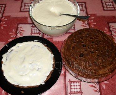 Блинный торт со сливками