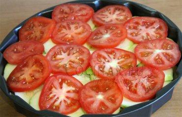 Свинина, запеченная с перцем и кабачками – кулинарный рецепт