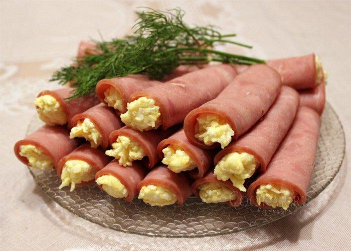 Легкий салат с рукколой и моцареллой рецепт